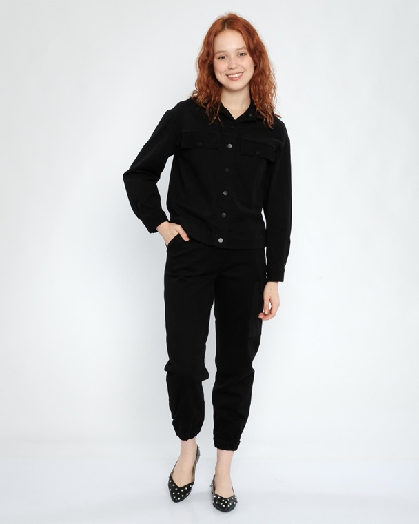 Reaksiyon Casual Suits